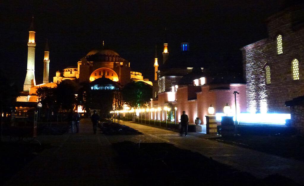 sainte-sophie-nuit-istambul